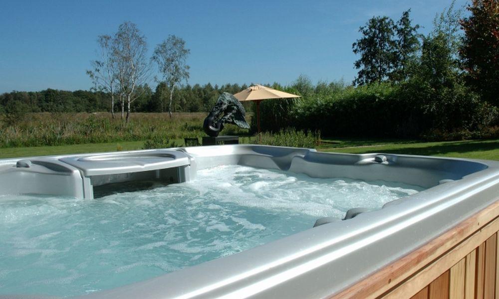 Jacuzzi-spa-de-nage-réalisation-5
