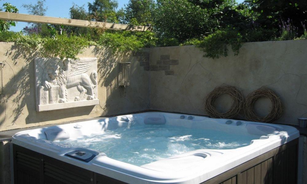 Jacuzzi-spa-de-nage-réalisation-6