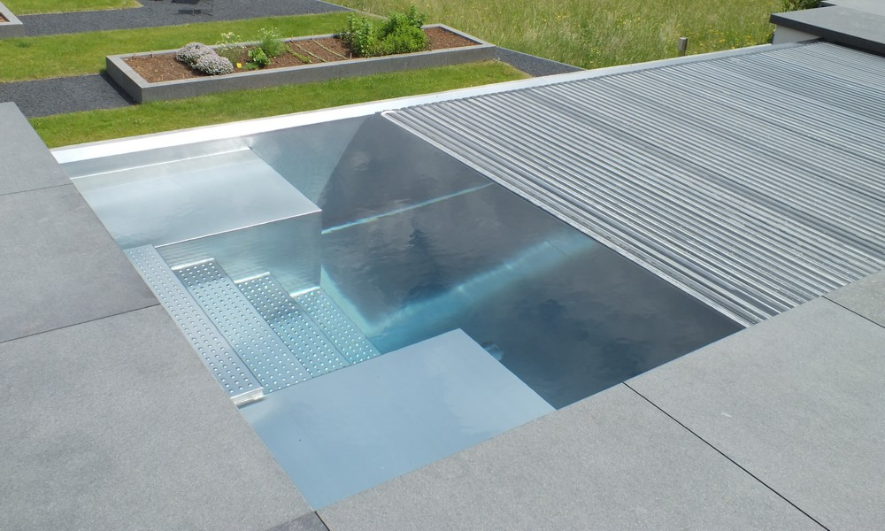 Piscine en inox l 39 originalit sur mesure for Prix piscine inox